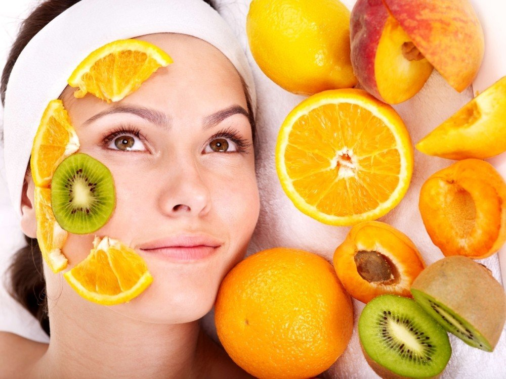 על קמח לבן ואלכוהול: הקשר בין תזונה למחלות עור